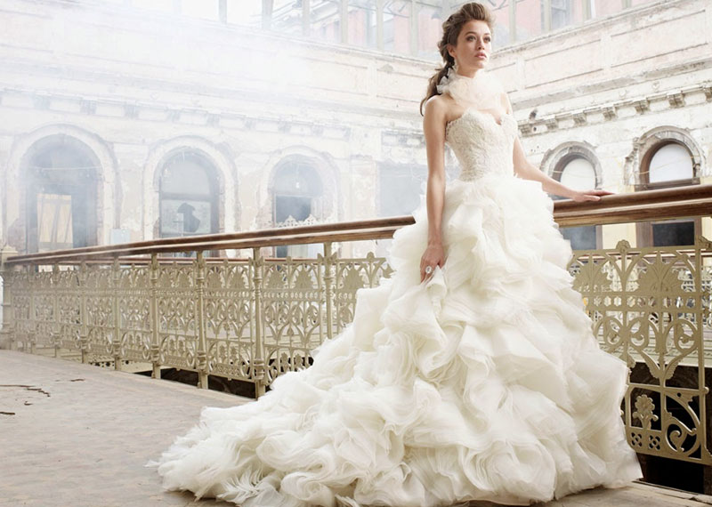 Know More On Christian Bridal Wear Shopping On Gowns | Bridal Gowns