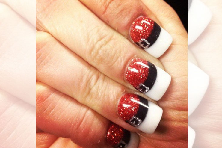 Glitter and belt themed Christmas nail art
