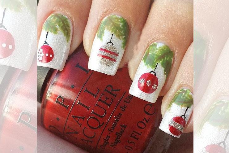 Christmas tree inspired nail art