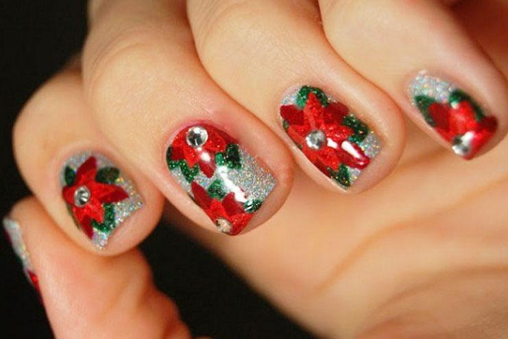 Poinsettia themed Christmas nail art