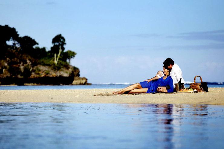Honeymoon-beach02