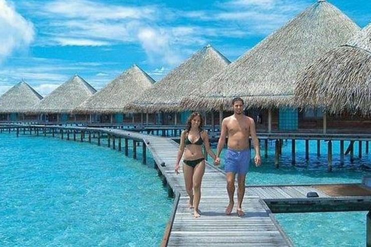 Honeymoon-beach08