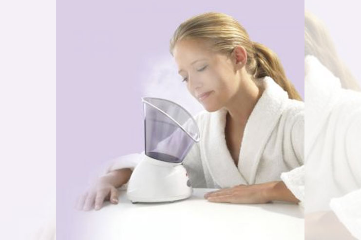 Facial steaming helps in curing sinus problems