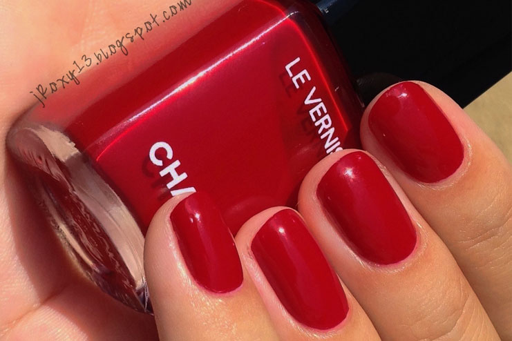 Best-red-nail-polishes14