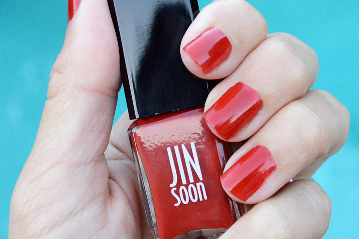 Best-red-nail-polishes5
