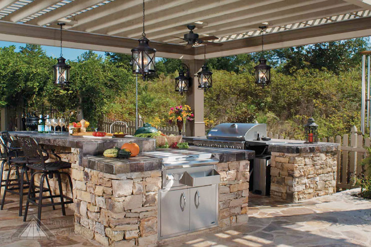 design the best outdoor kitchen