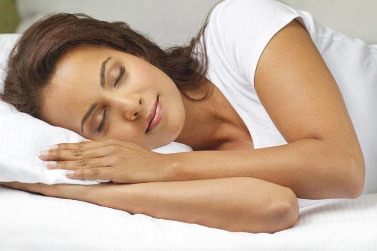Peach juice helps in Regulating and preventing sleep disorders