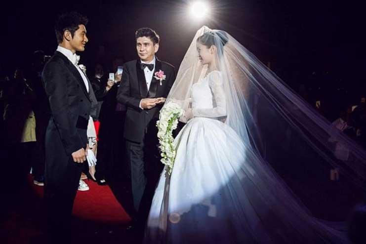 Expensive-wedding-dress5