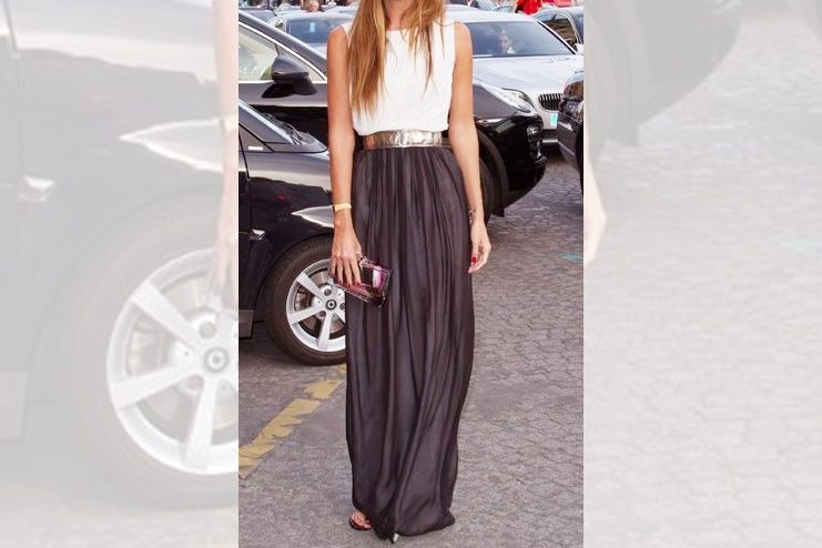Maxi skirt with a tank top