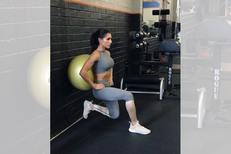 Toughen your legs with Squats
