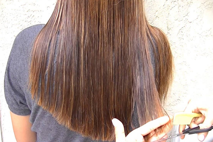 Keeps a check on your damaged hair